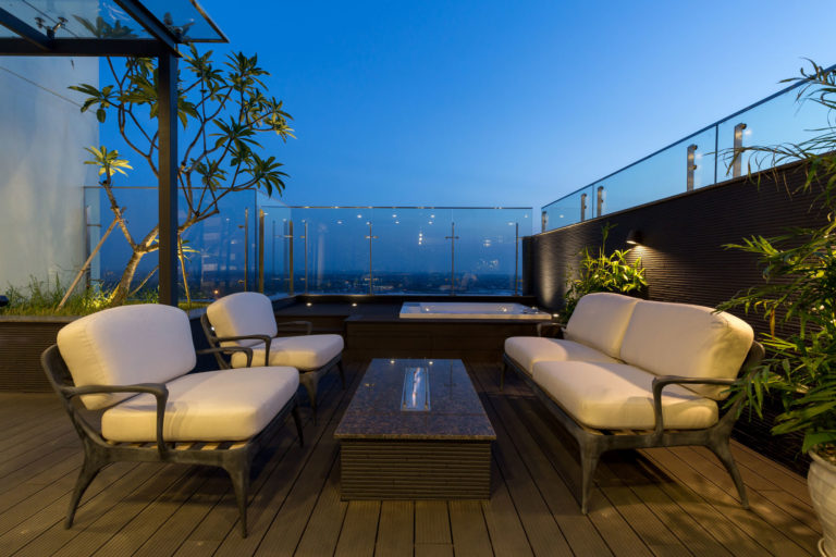 Penthouse-Ecopark-roof