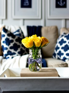 Spring-Decorating-Ideas-Yellow-Navy-4-of-4