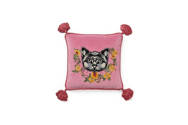 http-hypebeast.comimage201707gucci-home-decor-1