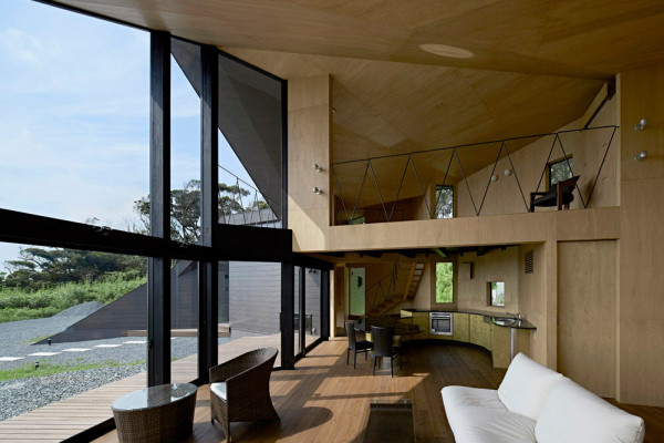 Villa-Escargot-Takeshi-Hirobe-Architects-5-600x400