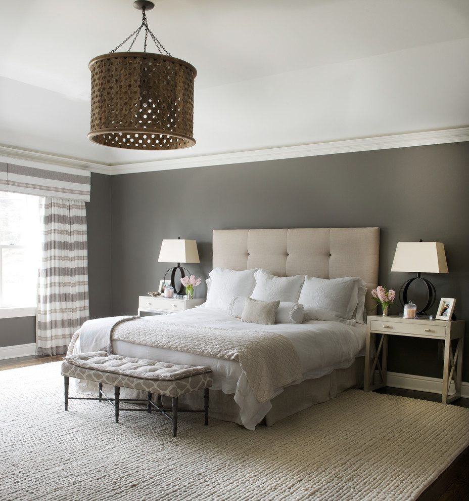 Master-bedroom-with-grey-accents-feng-shui-tips