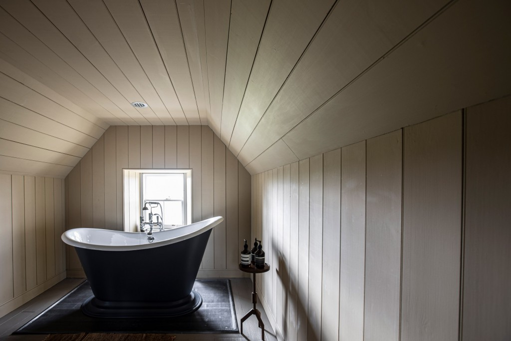 lundies-house-tongue-scotland-guesthouse-interiors-hotels-wildland-extra_dezeen_2364_col_15